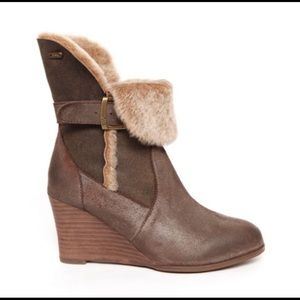 EMU Australia Anakie Wedge Brown Boots